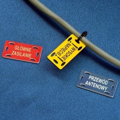 Grawerowane tabliczki na przewody